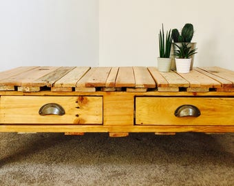Handmade Urban Industrial Wooden Pallet Coffee Table With 4 Drawers