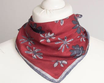 "vintage Small scarf, retro square scarf, silk scarf women scarf shawl kerchief 42cm / 16"" gray red floral"