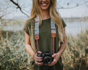 ETHNIQUE MULTICOLORE strap camera