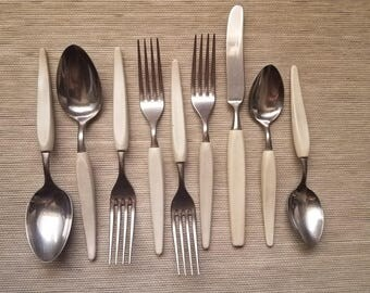 BRANCHELL Melamine Royale Flatware Gardenia White Germany Stainless- Spoons Knives Forks