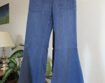 50% OFF 1970s Kappies Bellbottom Denim Jeans Pants Trousers Button Fly Small