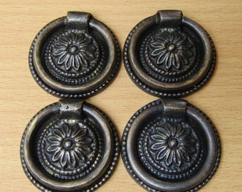 Lot of 4 pcs Vintage Classic Round Dresser Pull,Antique Brass Drawer Handle KN26A