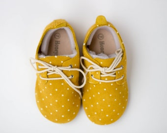 Mustard Oxfords