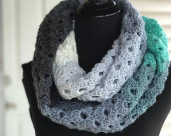Mint Infinity Scarf, Grey Infinity Scarf, Mint and White, Mint Scarf, Ombre Scarf, Spring Scarf, Summer Scarf, Mint Cowl