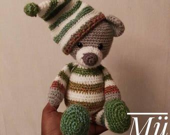 Sleepy Teddy Bear crochet by Mühlmann One Too