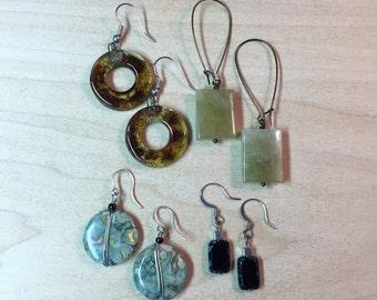 4 earrings, natural stone and glass