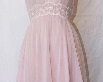Vintage 50's/60's pink night dress/slip