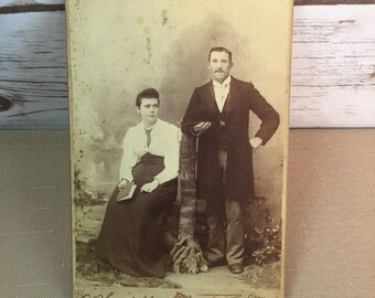 "Vintage Cabinet Card Photo Picture Husband And Wife Jersey City NJ 6.5"" X 4"""