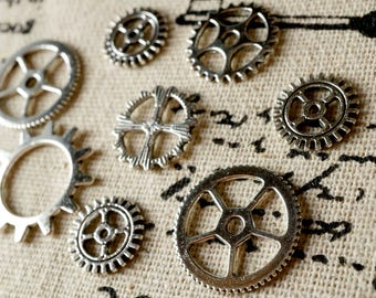 Steampunk cogs gears 15 silver charms vintage style jewellery supplies C145