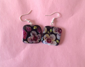Stone flower earrings