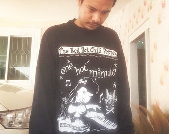 Rare Vintage 90s Red Hot Chili Peppers - One Hot Minute Long Sleeve Shirt