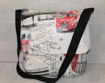 Oil Cloth 'London' Messenger 'Tote' Shoulder Bag