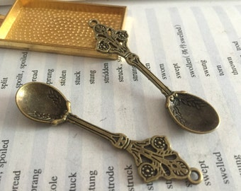 10 Pieces /Lot Antique Bronze Plated 13mmx62mm Spoon Charms