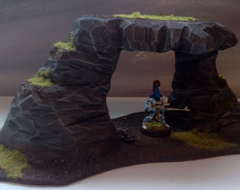 Wargaming terrain: Stone Arch for Warhammer, Warhammer 40K, AoS, KoW, Dungeons and Dragons, and other 28mm model games by Scenester Scenery