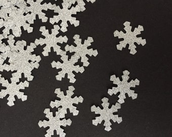 Silver snowflakes/die cuts/confetti/scrapbooking/card making/embellishments/birthday parties