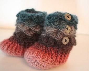 Dragonscale Baby Booties (Ready to Send)