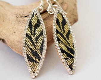 Hand Made Jewelry, Hand Made Earings, Hand Made Sardinian Cork & Brocade Earring, Natural Material with Hand Crafted Details