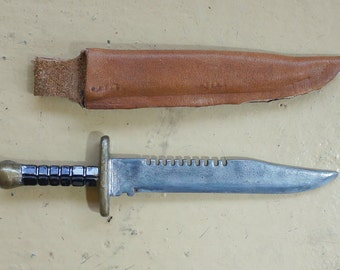 1:6 scale Combat Knife and Leather Sheath