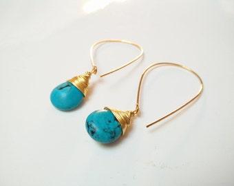 Earrings plated gold 14K and drops in turquoise II jewelry everyday colorful II jewelry II semi-precious stone