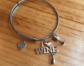 I love wine charm bracelet