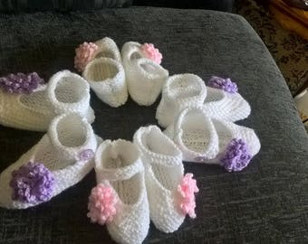 Hand knitted baby shoes - preemie to 24 months