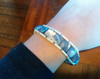 Glass & Mother of Pearl Blue Beaded Bracelet MOP intricate square ladder baby blue swirl bright white