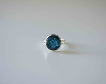 Glass Cabochon Ring,  Blue Paisley in Silver plated adjustable ring
