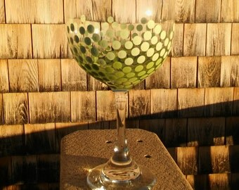 Dot Wine Glass Lime Green Ombre