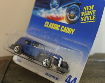 Classic Caddy Collector NO. 44 Hot Wheels Die Cast Metal cadillac