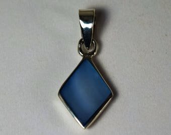 Sterling Silver  diamond shape with blue gemstone Pendant