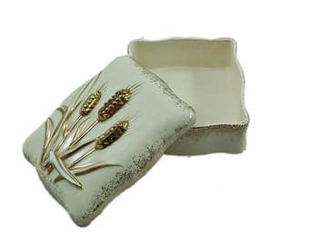 Vintage Lefton Jewelry Box, Trinket Box, Jewelry Storage, Lefton Decorative Box, Vanity Decor, Lefton Covered Dish, Vintage Porcelain Box