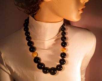 Baltic Amber necklace, 137 gr., Length ca. 60 cm