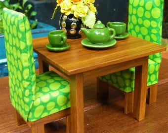 Dining Table - Miniature Dolls House Furniture - Wood Grain look - 1:12 scale (approx)
