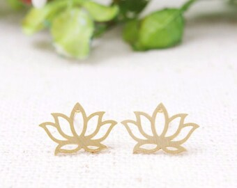 Lotus Flower Earrings, Lotus Earrings | Dainty Lotus Earrings | Yoga Jewelry | Yoga Earrings | Flower earrings | Lotus flower earrings