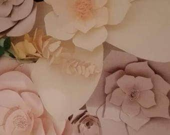 Paper flowers Various measures to create a floral wall, a corner or a romantic panel for your party or to furnish your home