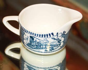 Currier and Ives Creamer Dish