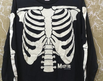 Vintage 90s Misfits long sleeve over print skulls XL size glow in the dark black colour