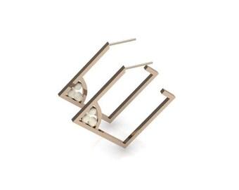Suki Pearl Earrings