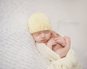 Simply Newborn Beanie ( your choice in colors)