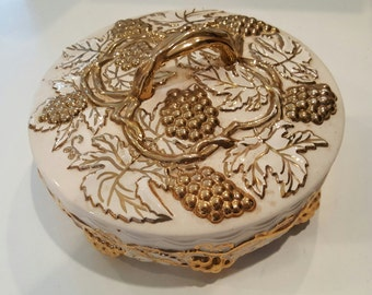 Ceramic Acorn Dish with Lid