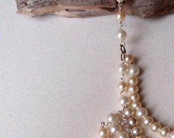 White & beige necklace