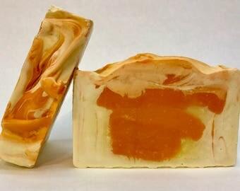 HONEY citrus Soap Bar / Cold Process / Handmade / Soap Bar / Palm Free / Honey Soap Bar / Citrus Soap Bar / Shea Butter