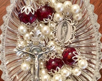 Red Rose and White Pearl Rosary, rosary, beaded necklace, rose jewelry, resin jewelry, dried rose jewelry, religious jewelry.