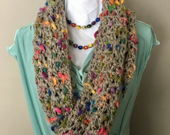 Chunky Crochet Cowl, V-Stitch Crochet Cowl, Chunky Crochet Neck Warmer, Taupe Cowl with Accent, Chunky Acrylic Crochet Cowl, Crochet Scarf