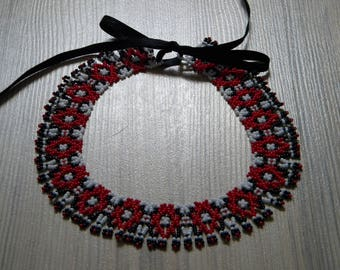 Red-white-black folk, vintage style handmade seed beaded statement, collar necklace