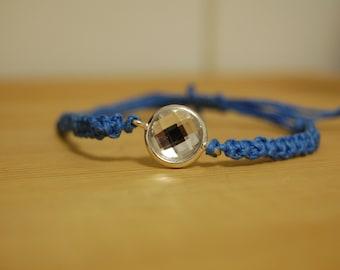 Blue gem macrame bracelet