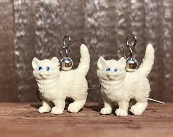 Cat Earrings, Kitten Earrings, White Cat Earrings,White Kitten Earrings, Miniature Cat Earrings, Miniature Kitten Earrings