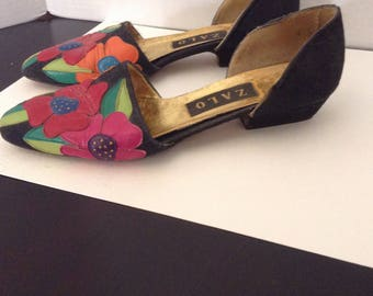 Vintage Shoes / Zalo Flowered Flats