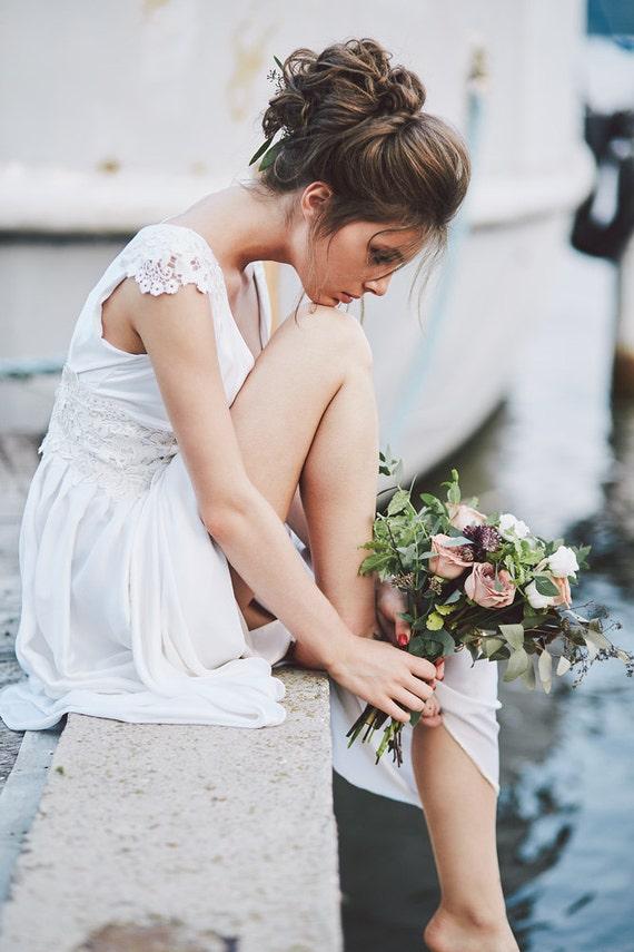 Boho wedding dress empire waist wedding dress with cap for Wedding dress large bust small waist