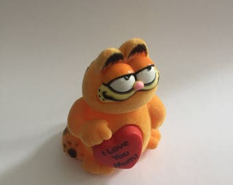Vintage Flocked 'I Love Mum' Garfield - 1981